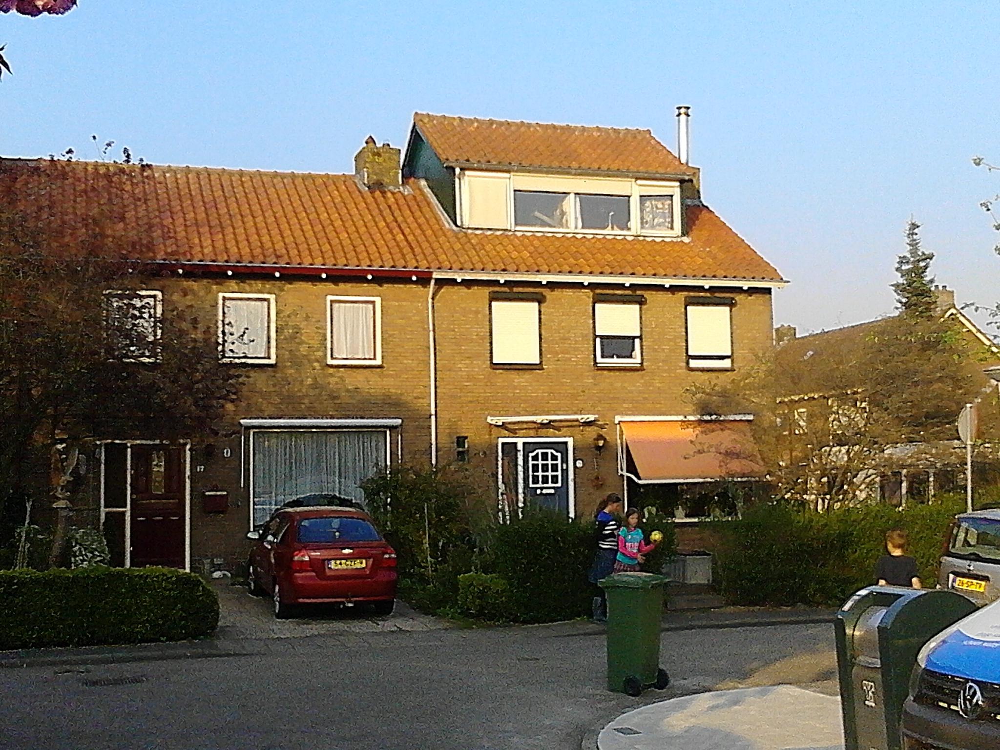 Waarder, Prins Julianastraat Dakopbouw
