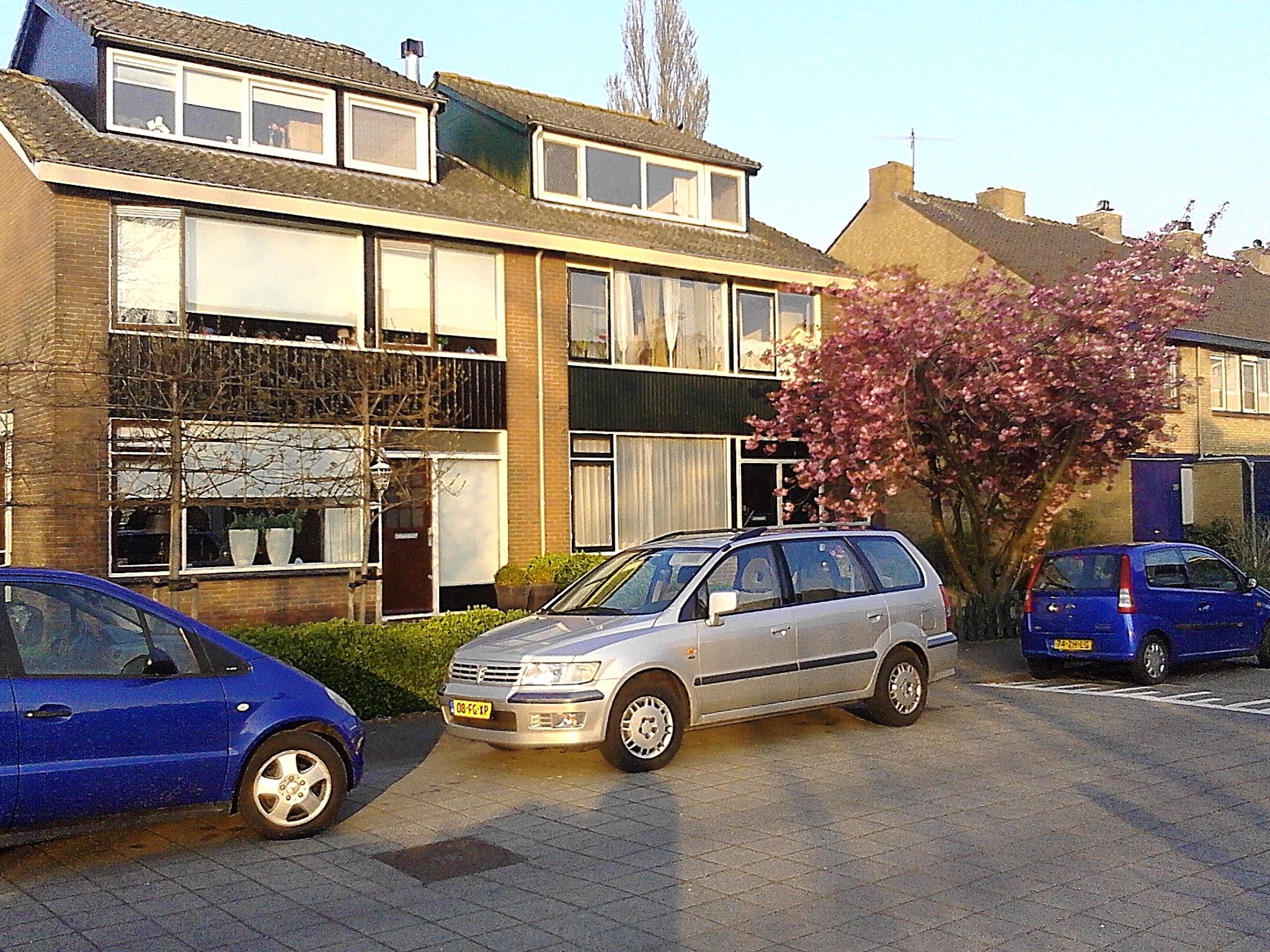 Waarder, Pr. Bernhardstraat Dakopbouw 27
